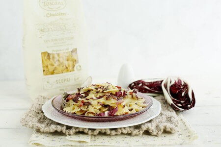 Farfalle with speck and radicchio