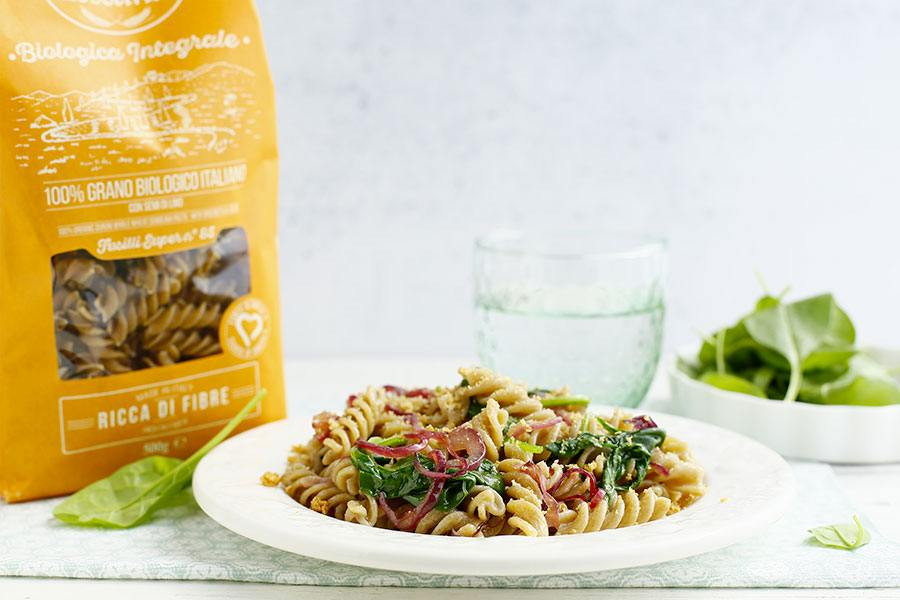 Fusilli with baby spinach, caramelized onions and bread crumbs