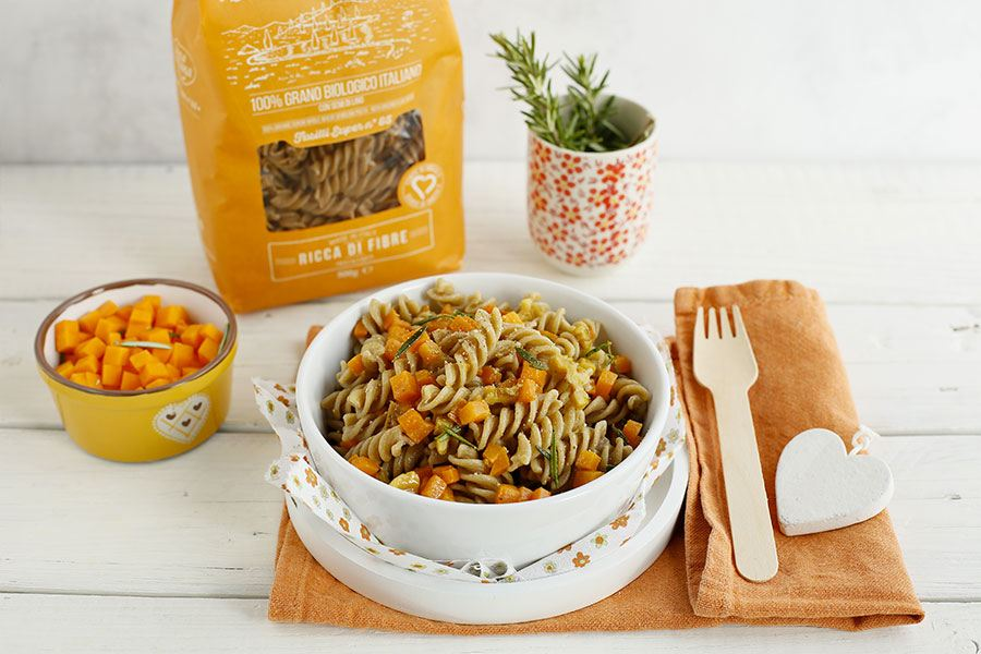 Fusilli with pumpkin and walnuts